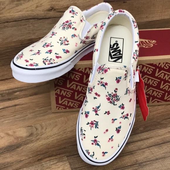Vans Shoes - VANS CLASSIC SLIP ON BRAND NEW